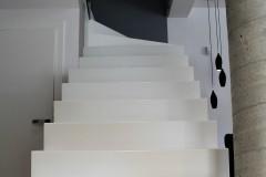 0004. klatka schodowa biale schody beton stairs white concrete