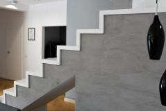 0005. klatka schodowa biale schody beton stairs white concrete