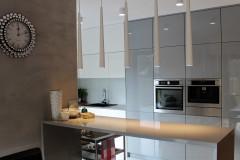 0010. kuchnia biala szara wysoki polysk kitchen white grey high gloss