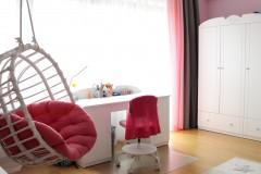 039. Pokoj dzieciecy dla ksiezniczki panele dappi rozowy bialy children room for princess pink white